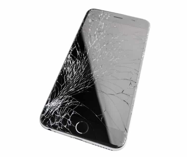 Réparation iPhone : 4 choses à savoir avant d'aller chez un réparateur